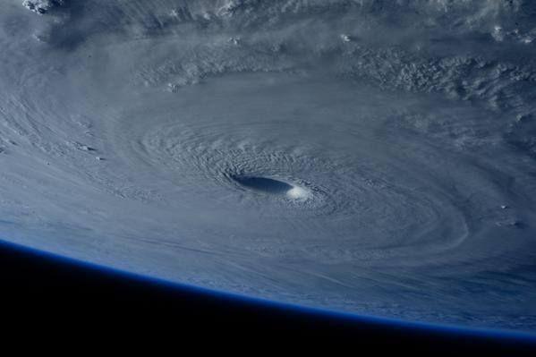Super-typhon Maysak